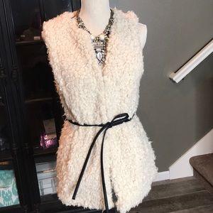 NWOT H&M Sherpa fuzzy cream vest